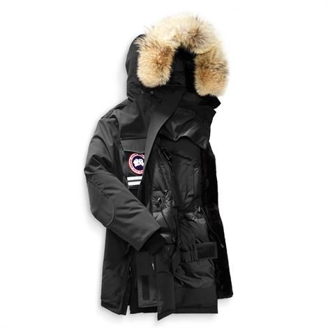 Canada Goose Womens Snow Mantra Parka, Black