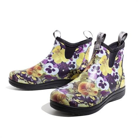 Image of   Lacrosse Hampton II Dame, Pansy Flower Yellow